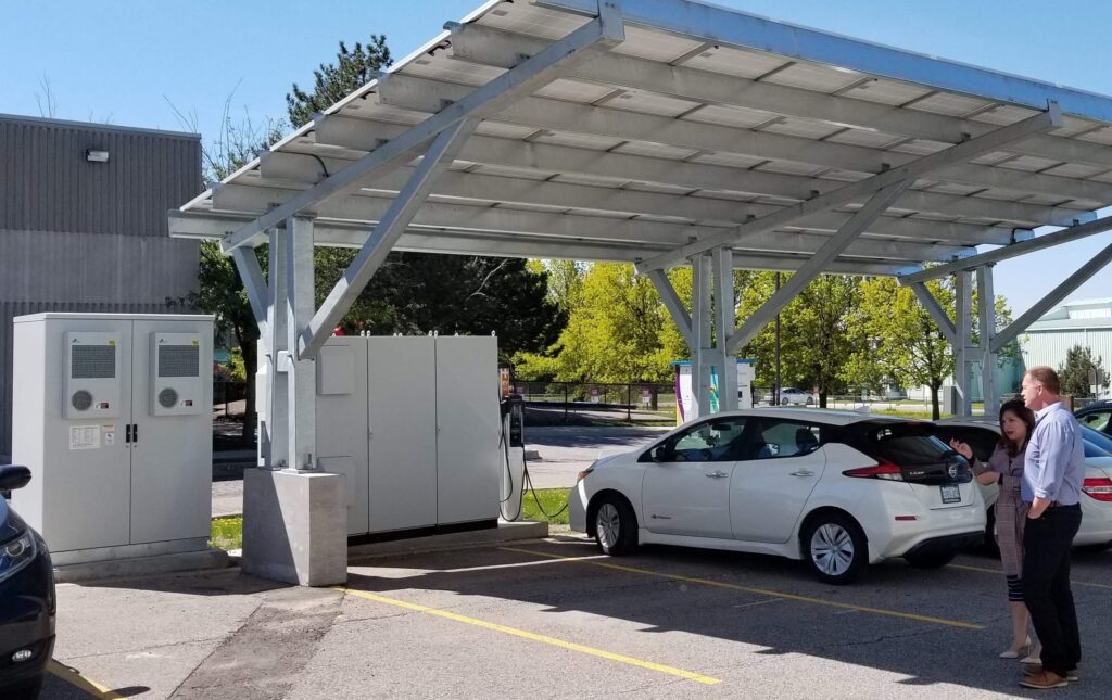 An image of TROES Outdoor BESS system implemented in a EV Charging situation